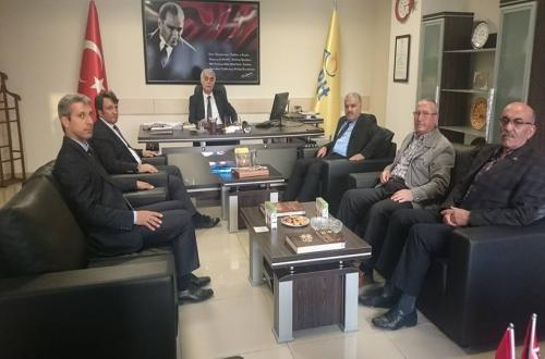 Türkiye Kamu-Sen Nevşehir İl Temsilciliği olarak PTT'nin 176. kuruluş yıldönümü dolayısıyla PTT Başmüdürü Bülent Uğurtepe'yi makamında ziyaret ettik.