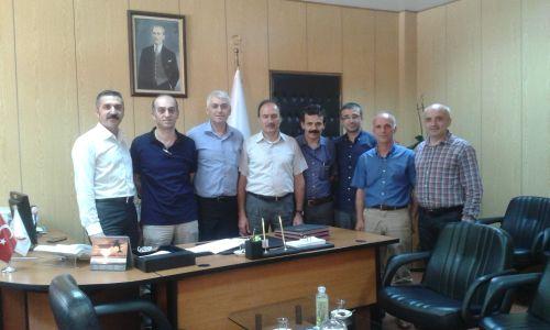 Op.Dr.Seyit Ali Gümüştaş'ın Tekirdağ Kamu Hastaneleri Birliği Başkanlığına atanması neticesi boşalan Hastane Yöneticiliğine atanan aynı hastanede çalışan Ortopedi ve Travmatoloji Uzmanı Op.Dr.Coşkun ŞANLI'ya hayırlı olsun ziyaretinde bulunduk.