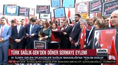 Döner sermayelerin artırılması için Türkiye genelinde başlatmış olduğumuz dilekçe kampanyasında toplanan yüzbinlerce dilekçeyi 81 İlden gelen şube başkanlarımızla birlikte Sağlık Bakanlığı önünde yaptığımız eylemin ardından Bakanlığa teslim ettik